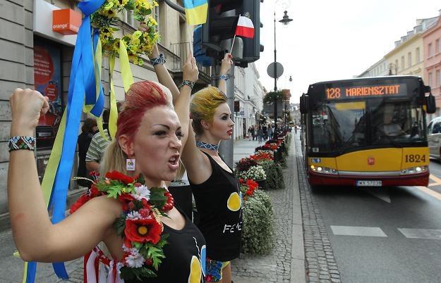 Działaczki partii FEMEN protestowały w Warszawie. Fot. Radek Pietruszka /PAP