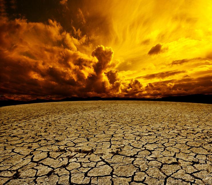 Działalność człowieka stale zakłóca cykle klimatyczne, mające wpływ na słodką wodę we wszystkich jej postaciach /123RF/PICSEL