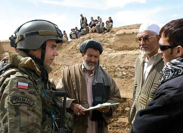 Działania CIMIC w Afganistanie /Polska Zbrojna