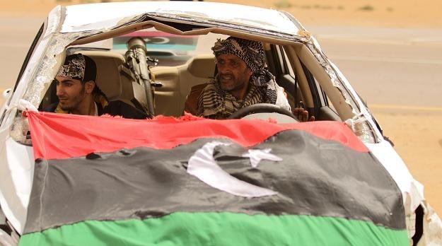 """Działania rebeliantów często przypominają wojnę rodem z """"Mad Maxa"""" /AFP"""