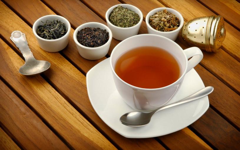 działanie herbaty /© Photogenica