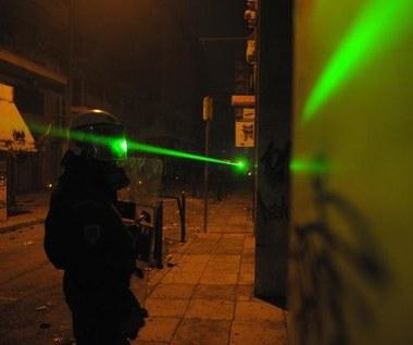 Działo laserowe do walki z... chwastami