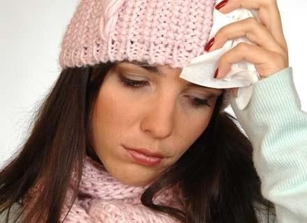 Dzieci i osoby do 39 roku życia częściej zarażają się wirusem tzw. świńskiej grypy /INTERIA.PL/PAP