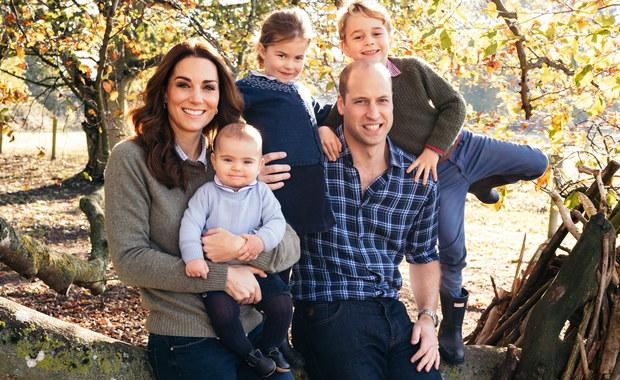 Dzieci książęcej pary… noszą ubranie po sobie