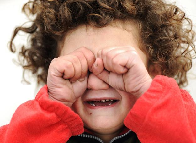 Dzieci mają swoje powody do płaczu /123RF/PICSEL
