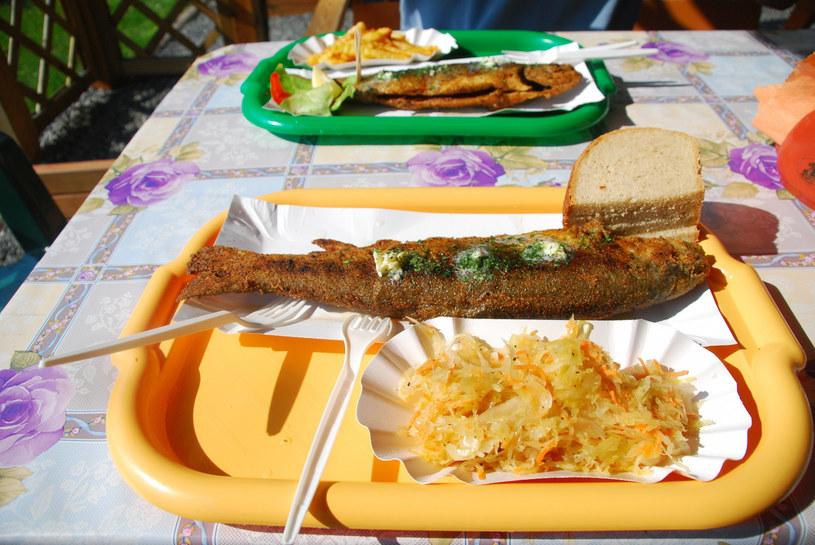 Dzieci nie powinny jeść smażonych ryb /Marcin Rutkiewicz /Reporter