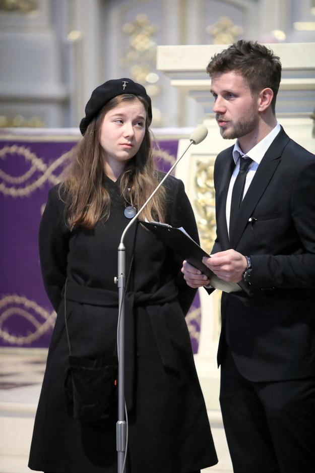 Dzieci Pawła Królikowskiego: Julia Królikowska i Antoni Królikowski / Leszek Szymański    /PAP