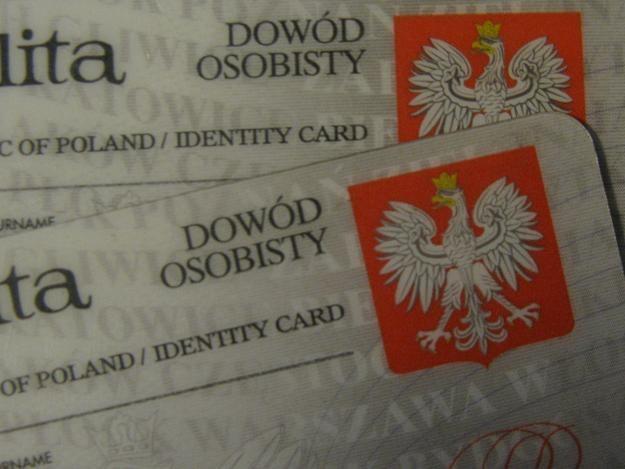 Dzieci powinny mieć ważny paszport lub dowód osobisty /RMF