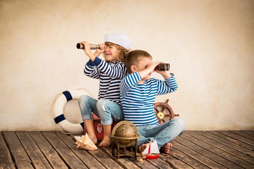 Dzieci to urodzeni odkrywcy: pozwólmy im samodzielnie poznawać świat /123RF/PICSEL
