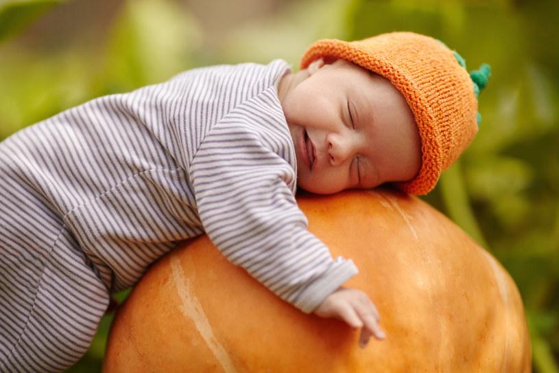 Dzieci urodzone po 40. tygodniu niekoniecznie są większe niż te urodzone w terminie /123RF/PICSEL