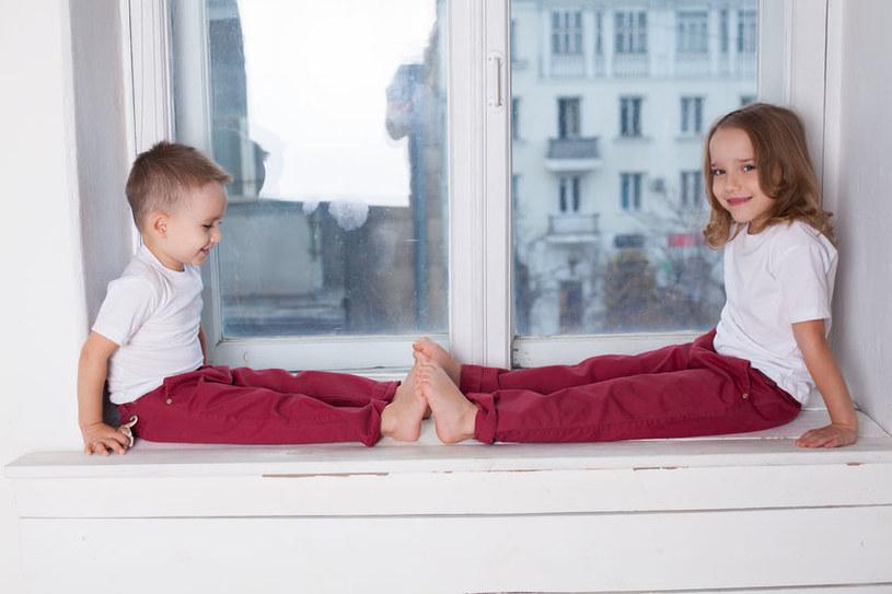 Dzieci uwielbiają spontaniczność, ale też czują głęboką potrzebę przewidywalności /123RF/PICSEL