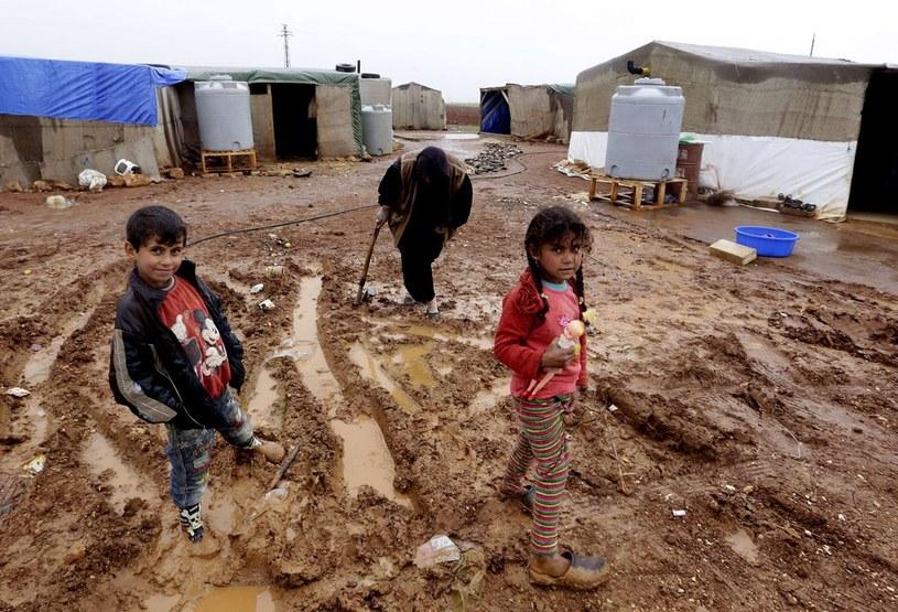 Dzieci w obozie dla syryjskich uchodźców, zdj. ilustracyjne /ANWAR AMRO/AFP /East News