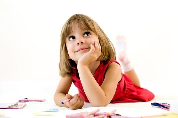 Dzieci w wieku od 3 do 8 lat będą za darmo uczyć się angielskiego w internecie /© Panthermedia