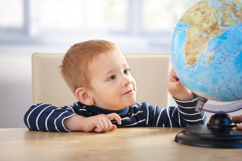 Dziecko potrafi się skupić na czymś, co go interesuje /123RF/PICSEL