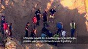 Dziecko wpadło do 4-metrowego leja pełnego piasku
