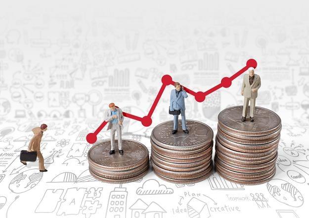 Dzięki deflacji realne wynagrodzenia rosną /©123RF/PICSEL