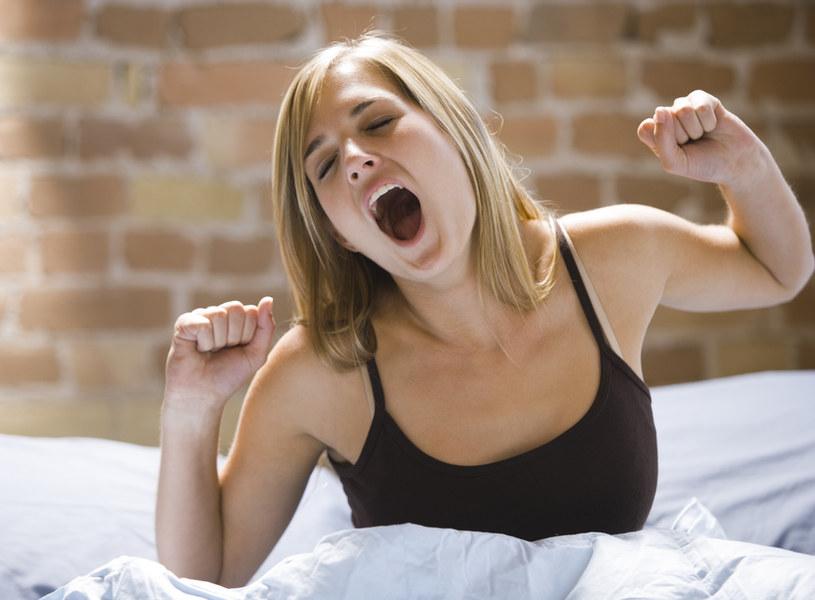 Dzięki dobremu materacowi możesz pozbyć się bezsenności, bólów głowy i kręgosłupa /© Photogenica