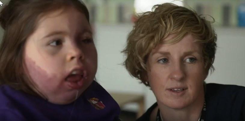 Dzięki Lisie wychowankowie niewerbalni porozumiewają się za pomocą komunikatorów sterowanych wzrokiem /YouTube