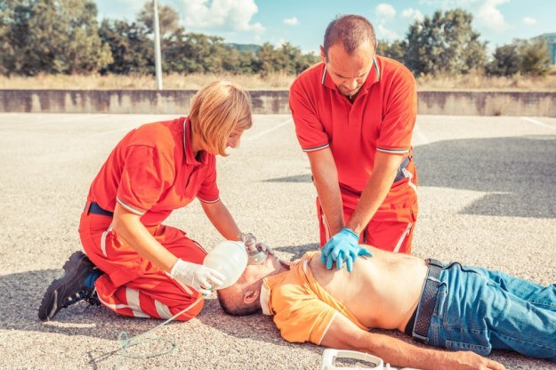 Dzięki nowej metodzie zawał serca przestanie być zagrożeniem /123RF/PICSEL
