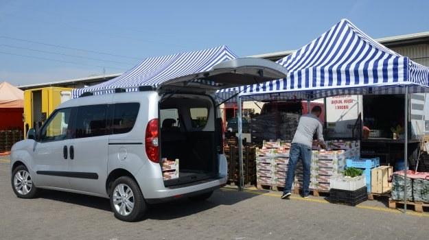 Dzięki ogromnemu bagażnikowi, osobowe Combo może – w razie potrzeby – pełnić rolę auta dostawczego. /Motor