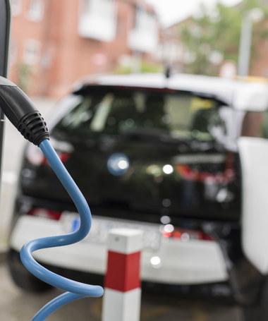 Dzięki rządowym dopłatom najtańsze auto elektryczne zwróci się po... 4-6 latach