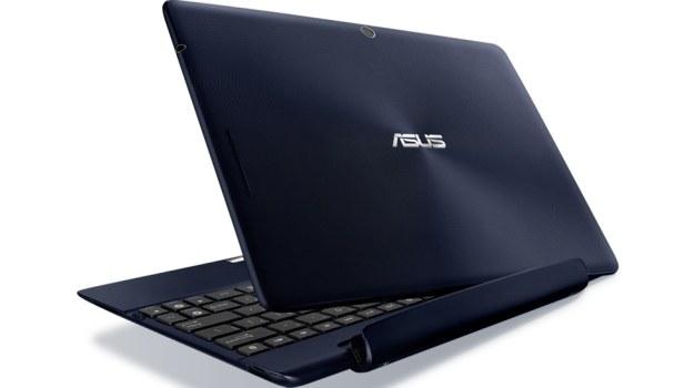 Dzięki swojej zwartej konstrukcji Asus Transformer może wedle potrzeb zmieniać z tabletu w netbook /Informacja prasowa