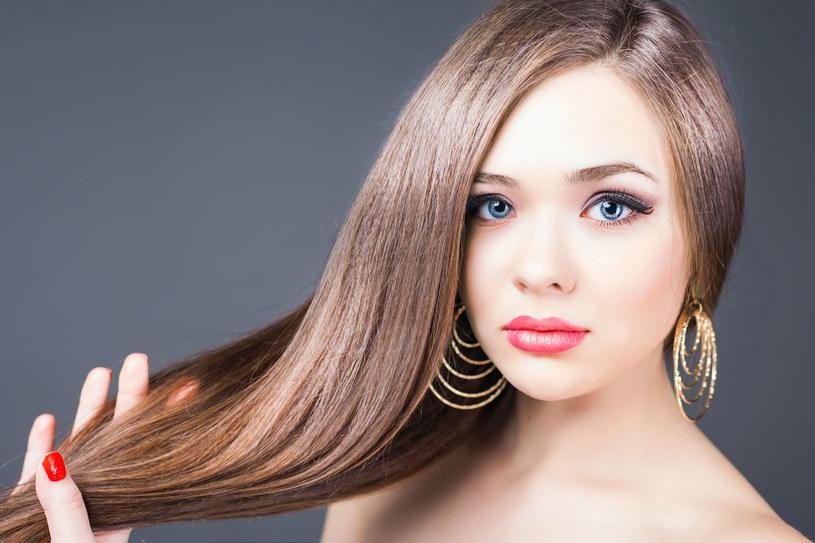 Dzięki temu twoeje włosy urosną o 2 cm! /123RF/PICSEL