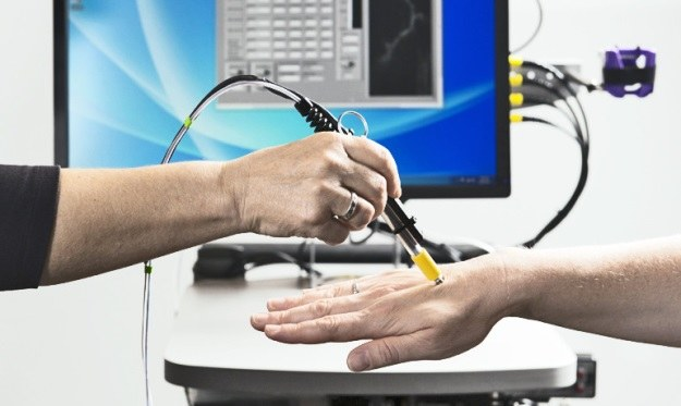 Dzięki temu urządzeniu uda się znacznie skuteczniej walczyć z nowotworami (Fot. Stanford University) /materiały prasowe