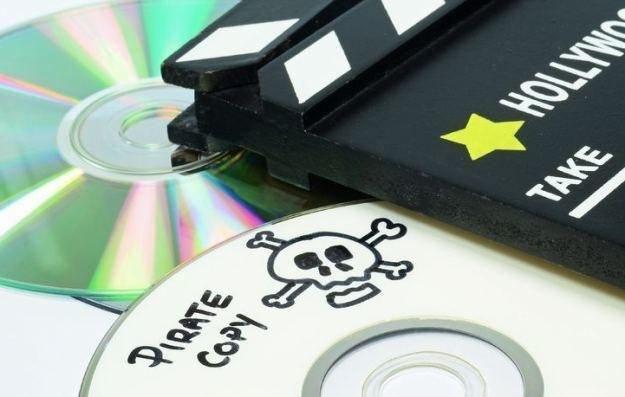Dzielenie się pirackimi kopiami legalne? Tak twierdzi Europejski Trybunał Praw Człowieka. Ale... /123RF/PICSEL