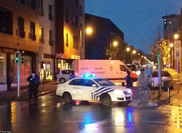 """Dzielnica Molenbeek została nazwana """"bazą radykalnego islamu w Europie"""" /AFP /East News"""