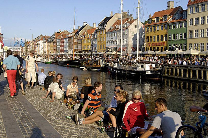 Dzielnicą rozrywki w Kopenhadze jest Nyhavn /123RF/PICSEL