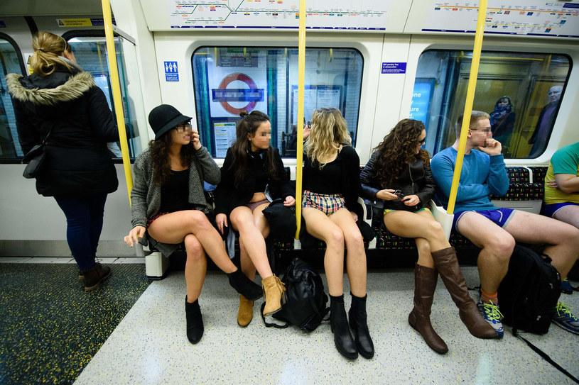 Dzień jazdy metrem bez spodni /East News