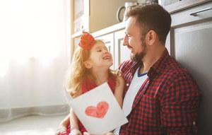 Dzień Ojca 2021. Jakie życzenia złożyć?