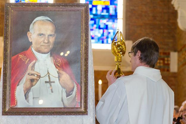 Dzień Świętości Życia ustanowiono na wezwanie Jana Pawła II fot. Philippe Huguen /AFP