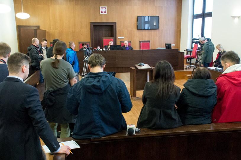 Dziennikarze słuchają ogłoszenia wyroku /Maciej Kulczyński /PAP