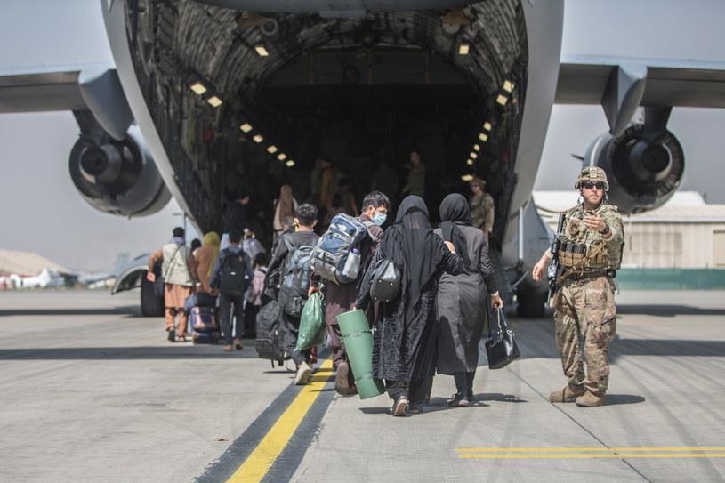 Dziewczynka przyszła na świat na pokładzie samolotu C-17 /Sgt. Samuel Ruiz / US Marine Corps via DVIDS / HANDOUT /PAP/EPA