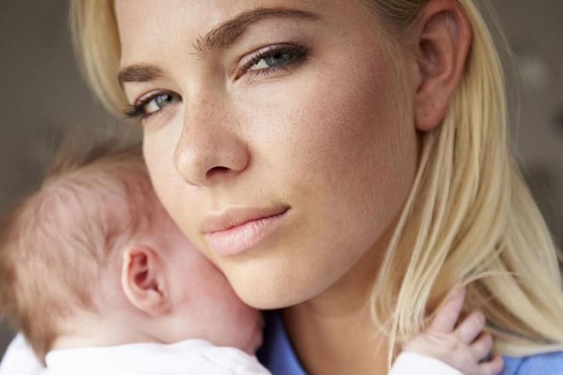 Dziewięć miesięcy ciąży to często zbyt mało, żeby przyzwyczaić się do roli mamy /123RF/PICSEL