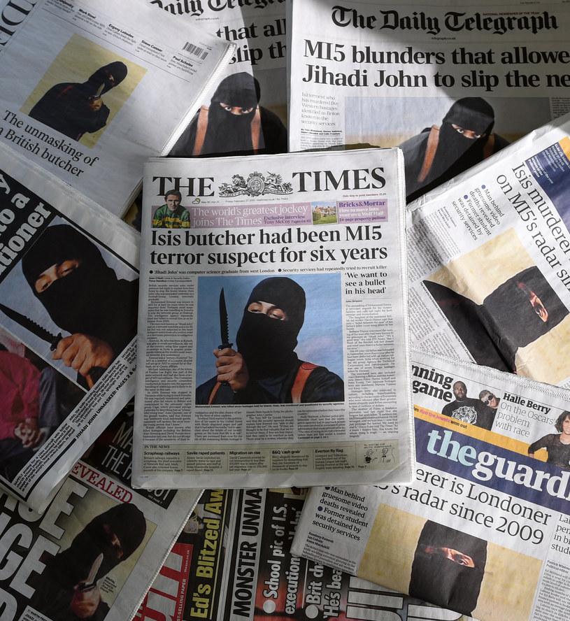 """""""Dżihadi John"""" na okładkach brytyjskiej prasy /AFP"""