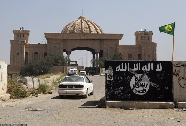 Dżihadyści z ISIS zajmują spore obszary Syrii i Iraku /East News