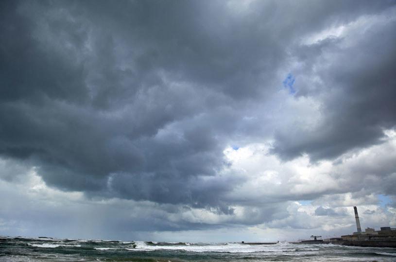 Dziś i jutro nad większością kraju niebo będzie zachmurzone / Zdjęcie ilustracyjne /123RF/PICSEL