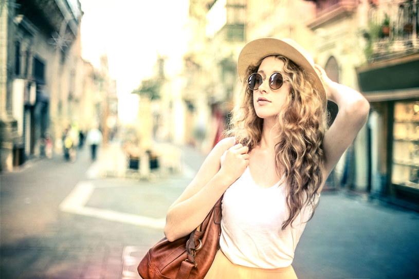 Dziś kobieta myśli: Mogę żyć jak chcę, mieć takie obowiązki, na jakie wyrażę zgodę. próbować wszystkiego, czego mam ochotę spróbować. /123RF/PICSEL