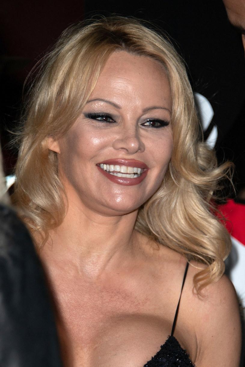 Dziś Pamela Anderson skupia się na życiu prywatnym i działalności prozwierzęcej /Marechal Aurore/ABACA /East News