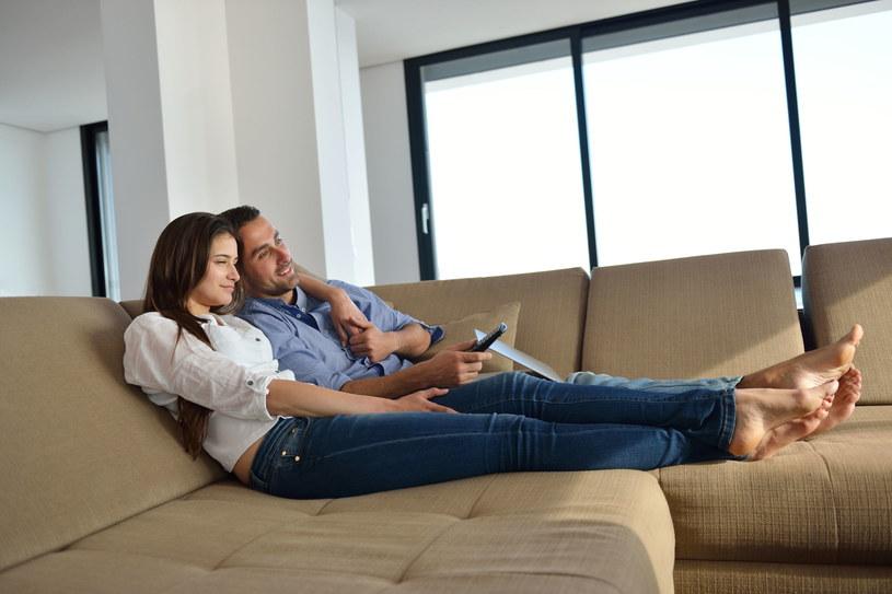 Dziś telewizję możemy oglądać bez posiadania telewizora /123RF/PICSEL