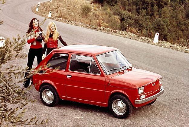 Dziś trudno uwierzyć, że Fiat 126p był kiedyś obiektem marzeń /