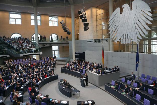 Dziś w Bundestagu głosowanie nad pakietem ustaw zaostrzających prawo azylowe /AFP