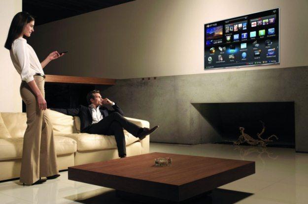 Dzisiaj już nie wystarczy telewizor - potrzebny jest odbniornik z internetem i stosownymi aplikacjam /materiały prasowe