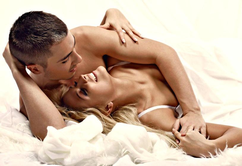 Dzisiaj pozwólcie sobie na odpoczynek, ale bynajmniej nie od seksu! /123RF/PICSEL