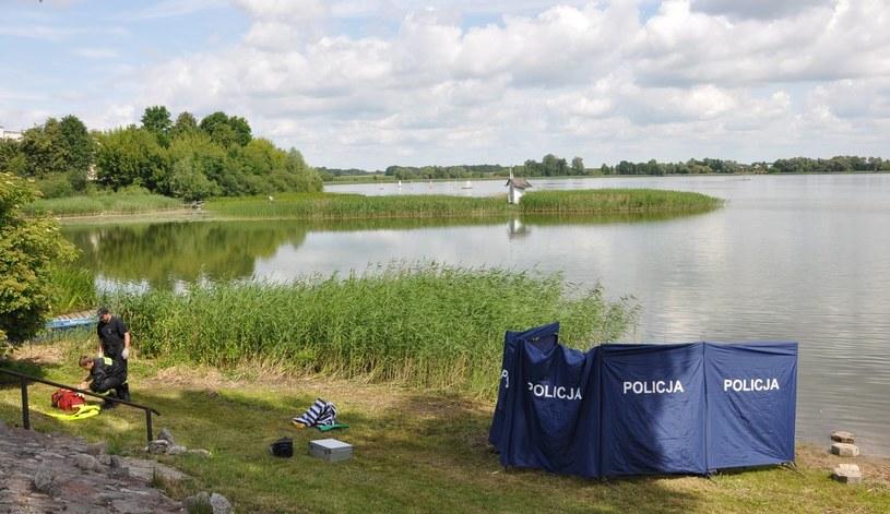 Dzisiaj rano nurkowie wyłowili ciało zaginionego 18-latka /Policja