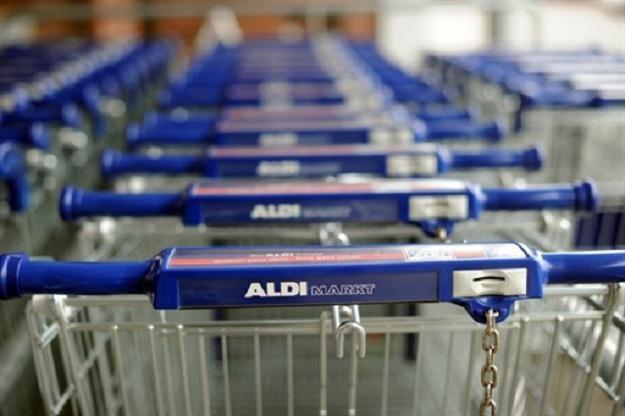 Dzisiaj zakupy w sklepach sieci Aldi nie są już powodem do wstydu /AFP