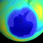 Dziura ozonowa zaczyna się kurczyć